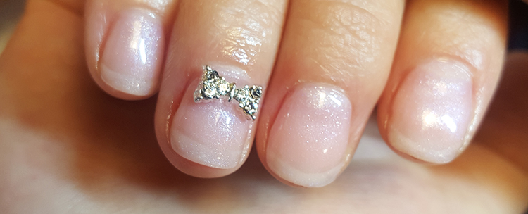 healthy-and-strong-nails