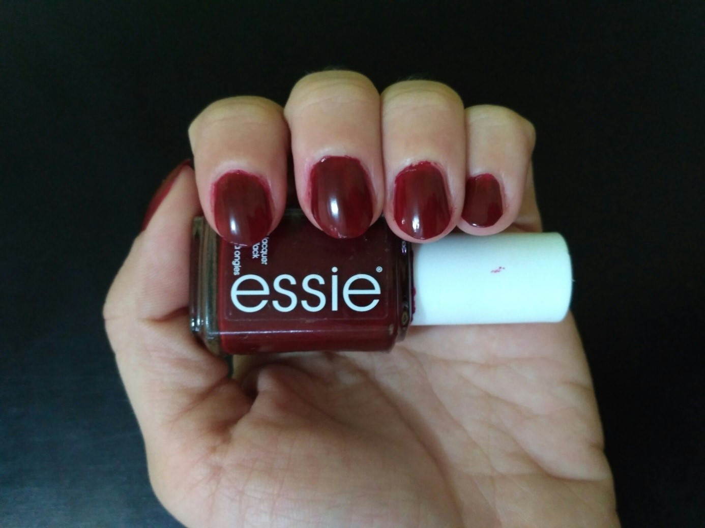 Essie Bordeaux Claw